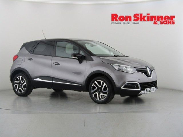 View our 2015 65 RENAULT CAPTUR 0.9 SIGNATURE NAV TCE 5d 90 BHP with Black Roof