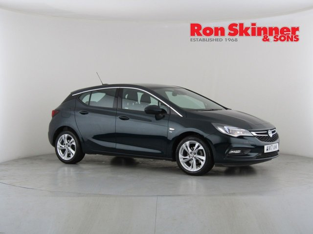 View our 2017 17 VAUXHALL ASTRA 1.4 SRI S/S 5d AUTO 148 BHP