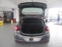USED 2011 11 VAUXHALL ASTRA 1.7 SE CDTI 5d 108 BHP