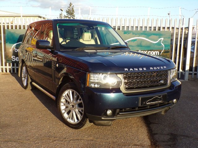 2011 11 LAND ROVER RANGE ROVER 4.4 TDV8 VOGUE 5d AUTOMATIC 313 BHP SIDE STEPS IMMACULATE