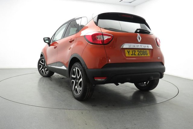 RENAULT CAPTUR at Georgesons
