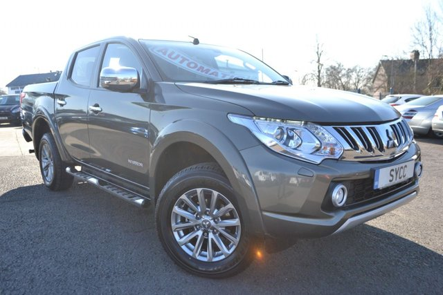 USED 2015 65 MITSUBISHI L200 2.4 DI-D 4X4 WARRIOR DCB 5d AUTO 178 BHP ~ LEATHER ~ NAV  MOUNTAIN TOP ROLLER SHUTTER ~ HEATED LEATHER ~ SAT NAV ~ 6 MONTHS WARRANTY