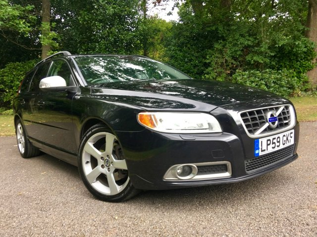 2010 59 VOLVO V70 2.4 D5 R-DESIGN SE PREMIUM 5d AUTO 205 BHP / CAMBELT RENEWED / SATNAV / FULL LEATHER / PART EXCHANGE TO CLEAR