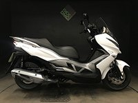 2016 KAWASAKI J125 ABS. 2017. 1 lady owner. 593 miles. serviced.   £2999.00