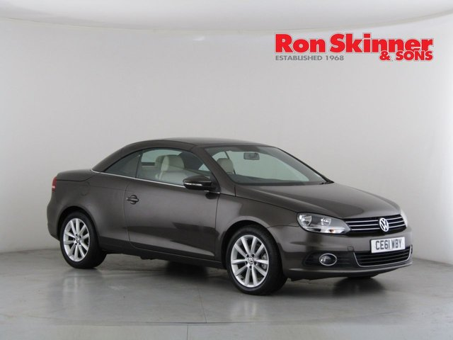View our 2011 11 VOLKSWAGEN EOS 2.0 SE TDI BLUEMOTION TECHNOLOGY 2d 139 BHP