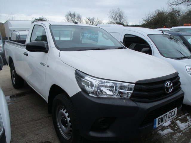 2017 17 TOYOTA HI-LUX 2.4 150 BHP ACTIVE 4WD D-4D SINGLE CAB LWB 4X4