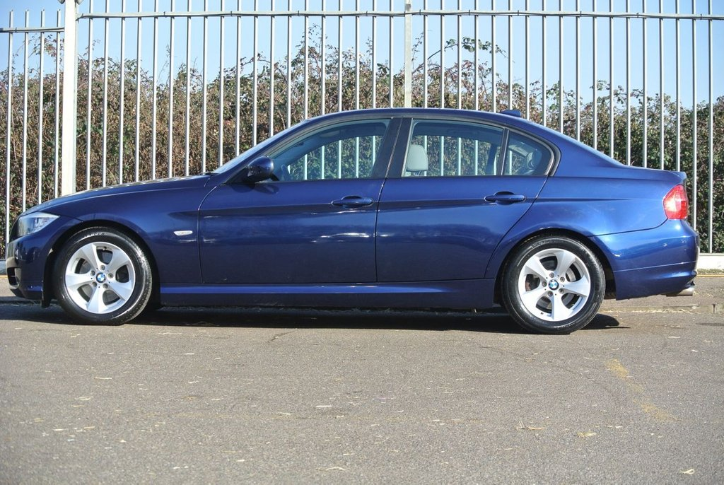 USED 2011 61 BMW 3 SERIES 2.0 320D EFFICIENTDYNAMICS 4d 161 BHP