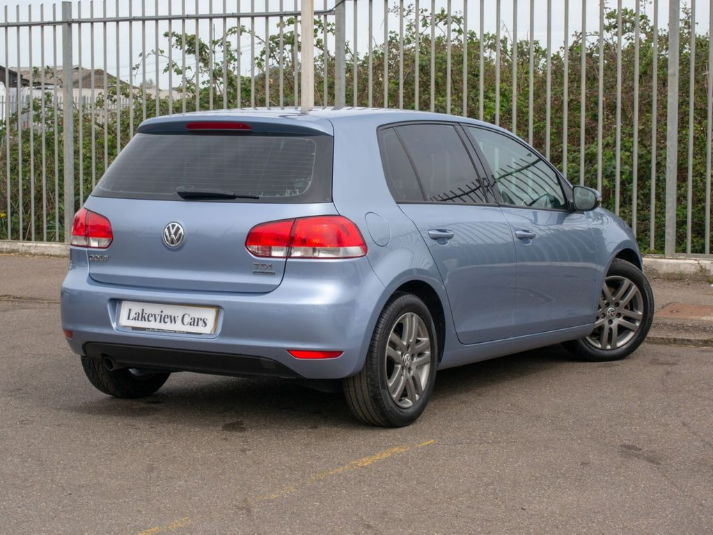 USED 2009 59 VOLKSWAGEN GOLF 1.6 BLUEMOTION SE TDI 5d 103 BHP