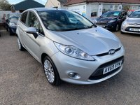 USED 2010 59 FORD FIESTA 1.4 TITANIUM 5d 96 BHP VOICE COMM / USB / BLUETOOTH / CRUISE CONTROL / PRIVACY GLASS / COMPREHENSIVE SERVICE HISTORY
