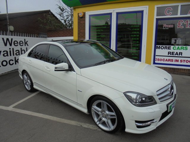 USED 2011 61 MERCEDES-BENZ C CLASS 2.1 C250 CDI BLUEEFFICIENCY SPORT ED125 4d AUTO 204 BHP LOW MILLAGE FULL BLACK LEATHER PANORAMIC ROOF