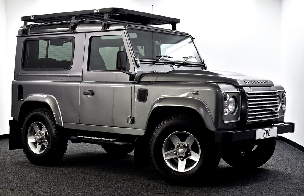 USED 2015 64 LAND ROVER DEFENDER 90 2.2 TD XS Station Wagon 3dr Stunning example 90 XS, F/S/H