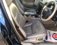USED 2004 54 VOLVO XC70 2.4 D5 SE LUX AWD 5d 163 BHP