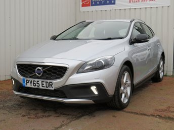 2015 VOLVO V40 2.0 D2 CROSS COUNTRY LUX 5d 118 BHP £8995.00