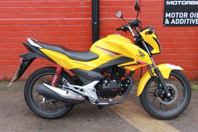 2018 67 HONDA GLR 125cc