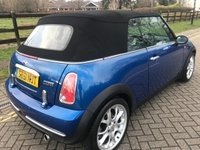 USED 2006 51 MINI CONVERTIBLE 1.6 COOPER 2d 114 BHP