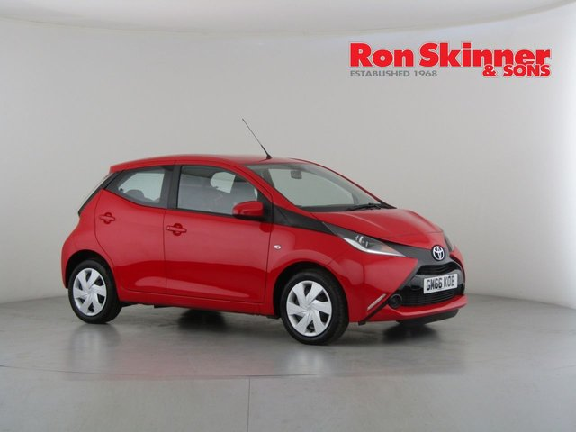 View our 2017 66 TOYOTA AYGO 1.0 VVT-I X-PLAY 5d 69 BHP