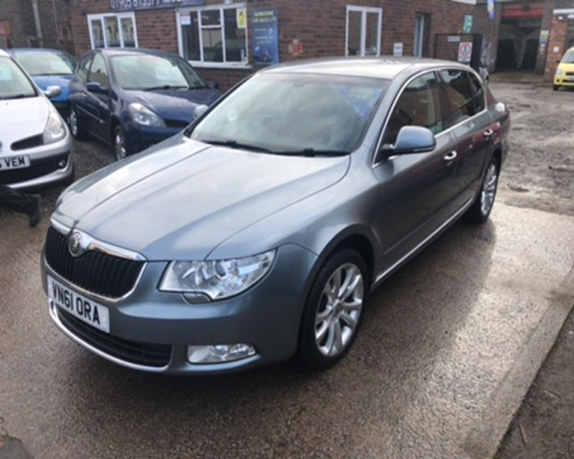 2011 61 SKODA SUPERB 1.6 SE PLUS TDI CR 5d 104 BHP