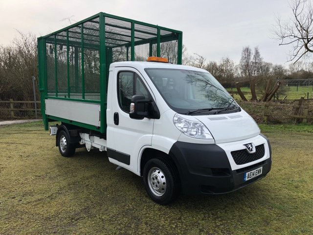 View our PEUGEOT BOXER
