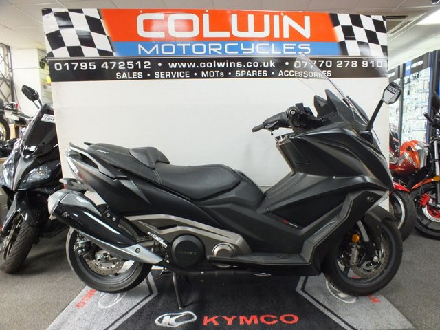 View our KYMCO AK550
