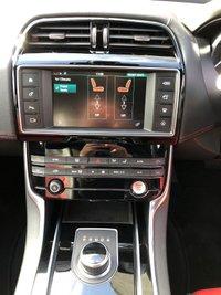 USED 2016 16 JAGUAR XE R-SPORT 2.0D 4DR AUTO 180 BHP, PANORAMIC SUNROOF HEATED LEATHER, REVERSE CAMERA & SAT NAV