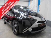 """USED 2015 15 TOYOTA AYGO 1.0 VVT-I X-CLUSIV X-SHIFT 5d AUTO 69 BHP £0 Road Tax, Full Toyota Service History, Rear Parking Camera, DAB Radio, Bluetooth Hands Free Phone and Media Streaming, Automatic Air Conditioning, Heated Electric Mirrors, Electric Windows, Remote Central Locking with 2 Keys, 15"""" Duo Tone Alloys"""