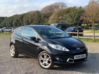 USED 2009 09 FORD FIESTA 1.6 TITANIUM 5d 118 BHP 2 X KEYS, FULL LEATHER TRIM, ALLOY WHEELS, CD-PLAYER, REMOTE LOCKING, ELECTRIC WINDOWS, HEATED SCREEN, AIR-CONDITIONING, METALLIC PAINT, ELECTRIC MIRRORS,
