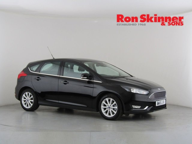 View our 2016 16 FORD FOCUS 1.0 TITANIUM 5d AUTO 124 BHP
