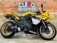 USED 2014 14 YAMAHA R1 Anniversary Replica Traction Control Model Akrapovic Exhausts