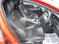 USED 2013 63 VOLVO V60 2.0 D3 R-DESIGN 5d 134 BHP