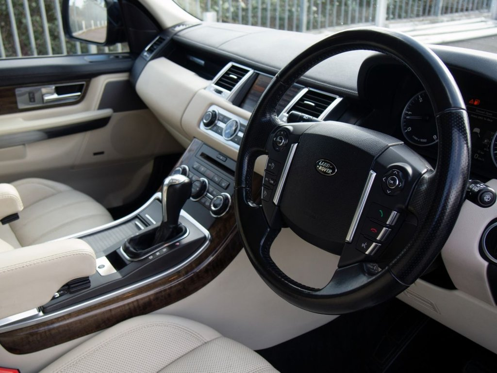 USED 2011 11 LAND ROVER RANGE ROVER SPORT 3.0 TDV6 HSE 5d AUTO 245 BHP
