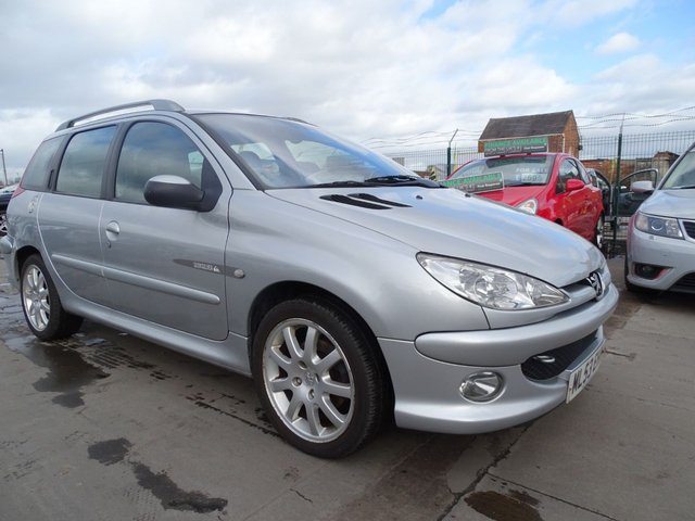 USED 2003 53 PEUGEOT 206 1.6 SW QUIKSILVER ESTATE PETROL DRIVES WELL