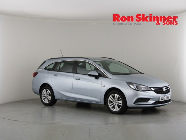 View our 2017 17 VAUXHALL ASTRA 1.6 DESIGN CDTI 5d 108 BHP