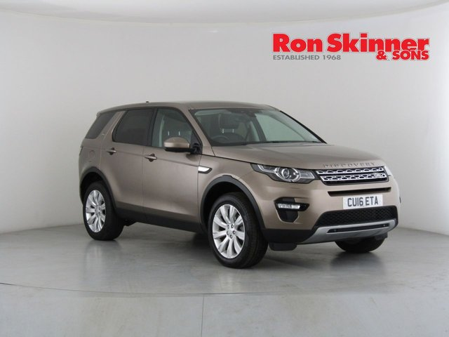 View our 2016 16 LAND ROVER DISCOVERY SPORT 2.0 TD4 HSE 5d 180 BHP
