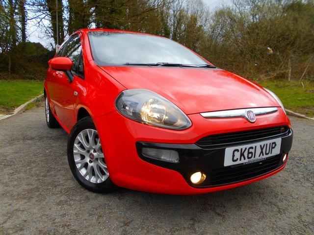 2012 61 FIAT PUNTO EVO 1.2 MYLIFE 3d 68 BHP ** 2 PREVIOUS OWNERS , LOW TAX , LOW INSURANCE GROUP 6 **