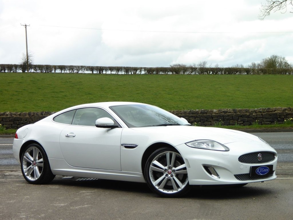 USED 2014 64 JAGUAR XK 5.0 SIGNATURE 2d AUTO 380 BHP ONE OWNER, LOW MILEAGE - JUST STUNNING.