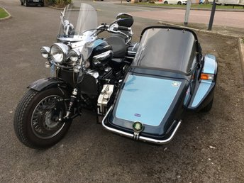 View our TRIUMPH ROCKET III