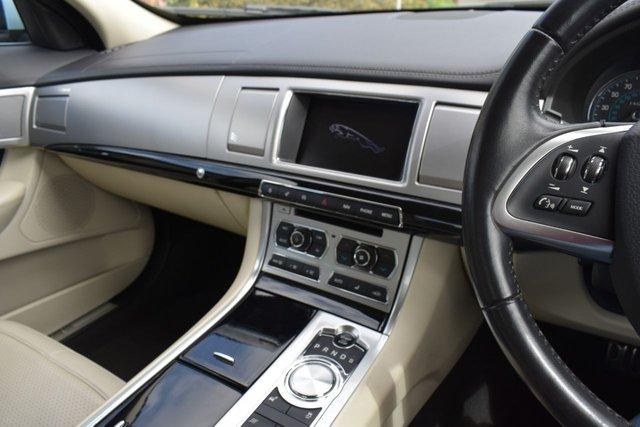 USED 2013 62 JAGUAR XF 3.0 D V6 S PREMIUM LUXURY 4d AUTO 275 BHP