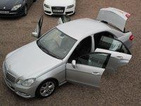 USED 2013 13 MERCEDES-BENZ E-CLASS 2.1 E300 BLUETEC HYBRID 4d AUTO 201 BHP £30 ROAD TAX, SAT NAV, LEATHER, BLUETOOTH, ALLOY WHEELS, PARKING SENSORS FRONT AND REAR, FULL SERVICE HISTORY, MOT TILL MARCH 2020, HPI CLEAR