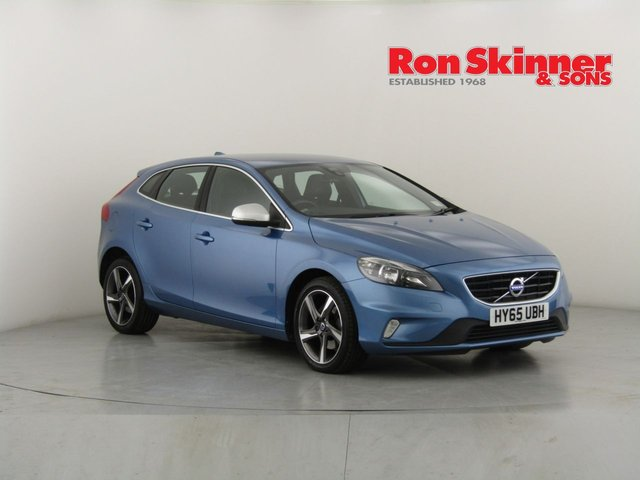 View our 2015 65 VOLVO V40 2.0 T2 R-DESIGN 5d 120 BHP