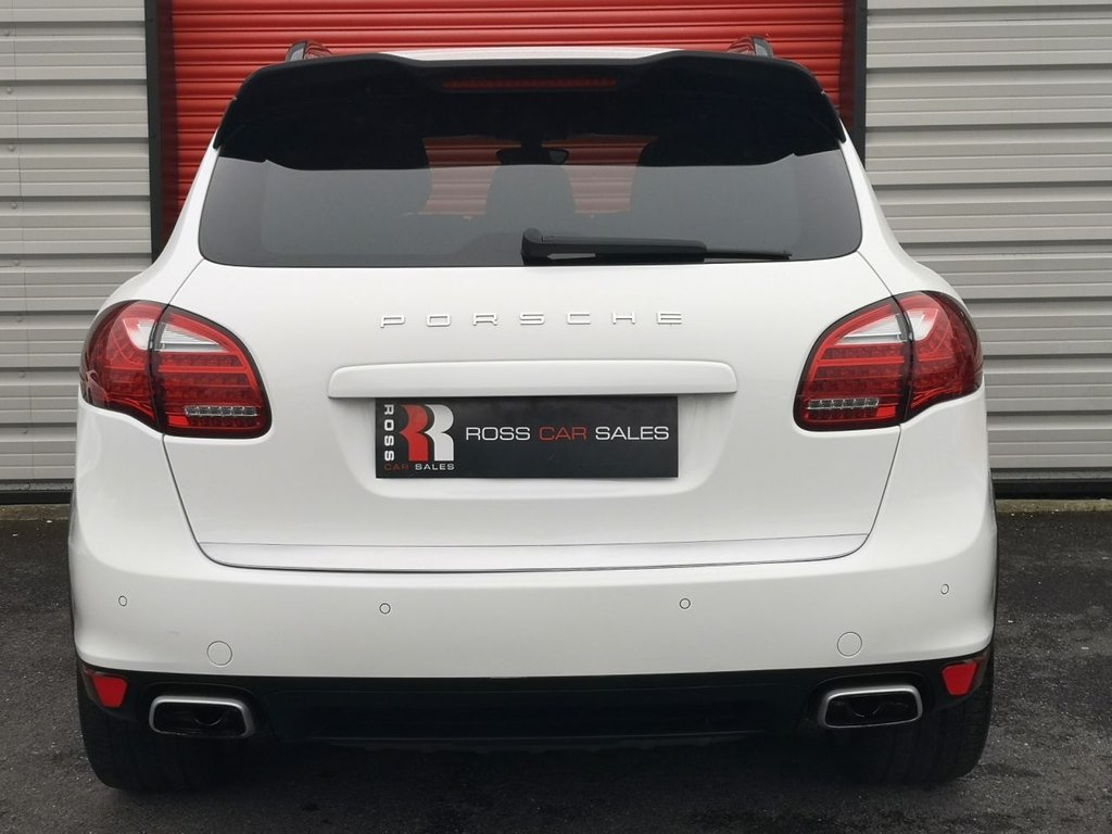 2012 Porsche Cayenne D V6 Tiptronic £21,995