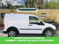 USED 2011 11 FORD TRANSIT CONNECT 1.8 T200 LR 1d 110 BHP Absolutely immaculate example that looks and drives fantastic, sat on alloy wheels with unmarked interior and rear ply lined with full service history, air conditioning, hill start assist / auto hold. face lift model with new lights etc, cage bulk head. This van has a look any company would be proud of.