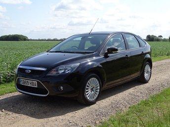 2010 FORD FOCUS 1.6 TITANIUM 5d AUTO 100 BHP £3995.00