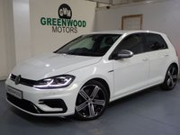 USED 2017 17 VOLKSWAGEN GOLF 2.0 TSI R Hatchback DSG 4MOTION (s/s) 5dr