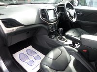 USED 2015 15 JEEP CHEROKEE 2.0 M-JET LIMITED AUTO 168 BHP **F/S/H * NAV * LEATHER** ** F/S/H * NAV * CAMERA * LEATHER **