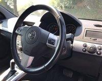 USED 2010 10 VAUXHALL ASTRA 1.8 EXCLUSIV 3d AUTO 138 BHP