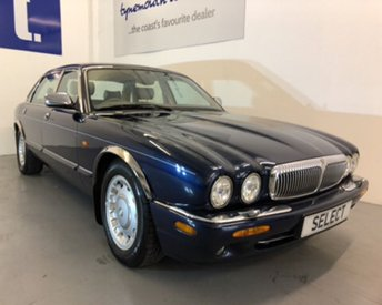 View our DAIMLER XJ