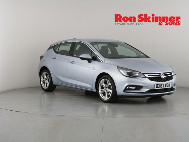 View our 2017 67 VAUXHALL ASTRA 1.4 SRI NAV 5d 148 BHP