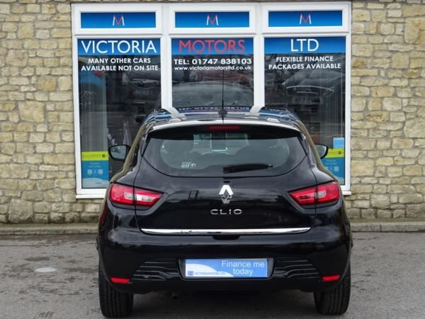 RENAULT CLIO at Victoria Motors Ltd