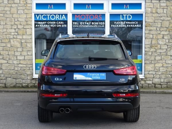 AUDI Q3 at Victoria Motors Ltd