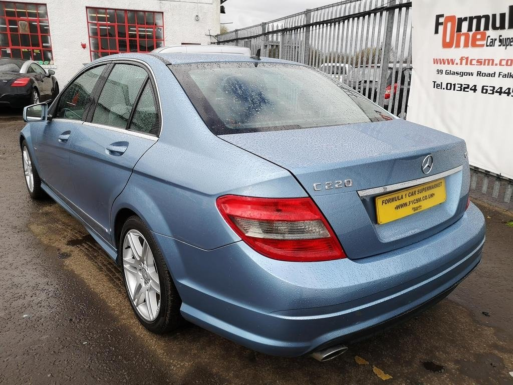 Mercedes-Benz C-Class 2 1 C220 CDI Blueefficiency Sport 4dr